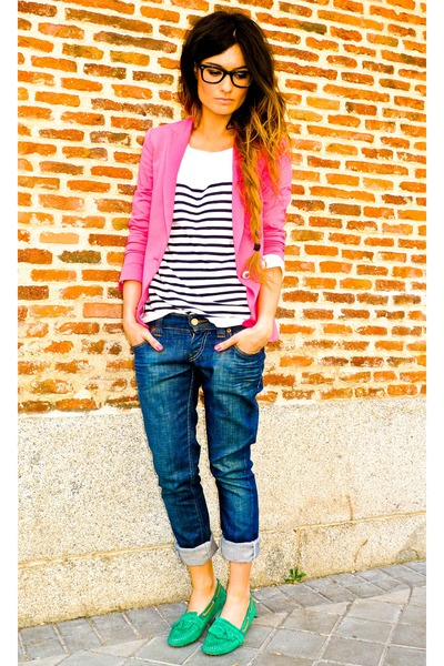 Massimo Dutti shoes - Levis jeans - Zara blazer - Zara t-shirt - wayfarer rayban