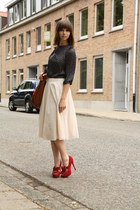 ruby red Steve Madden heels - eggshell H&M shirt - brown H&M bag - blue we top
