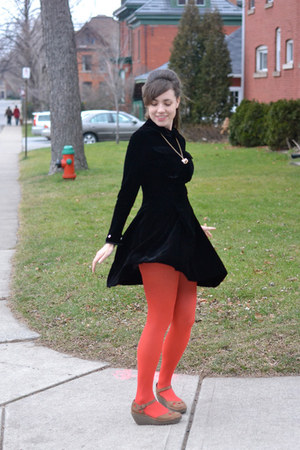 red tights - black vintage dress - brown Fly London wedges - white necklace