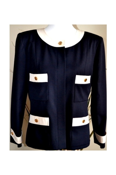 Chanel blazer - vintage from etsy coat