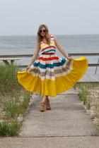 tan Schutz heels - yellow Marc by Marc Jacobs dress