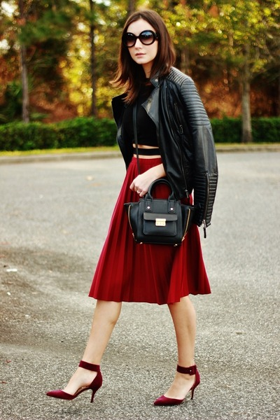 brick red pleated midi thrifted vintage skirt - black Sheinside jacket