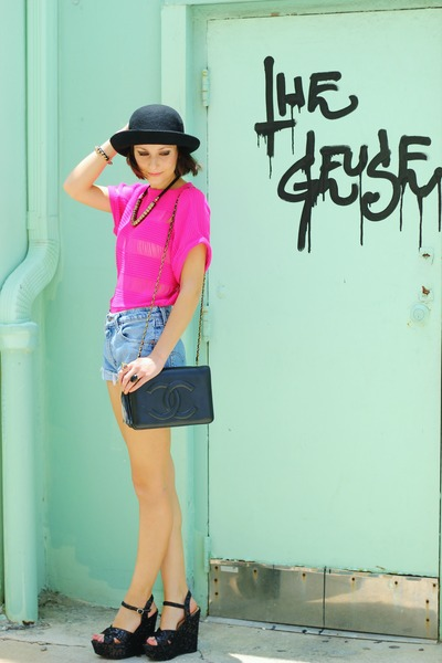 hot pink top - black bag - light blue shorts - black wedges - gold accessories