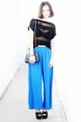 Black-bag-black-wedges-blue-pants-black-top