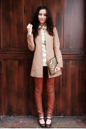tan H&M blazer - dark brown shoes - cream floral shirt