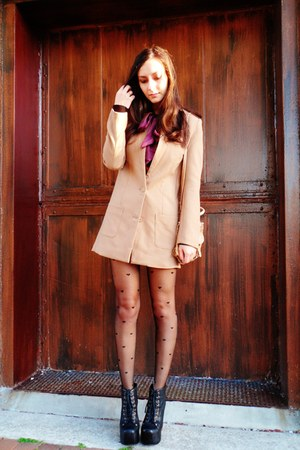 tan H&M blazer - black Jeffrey Campbell shoes
