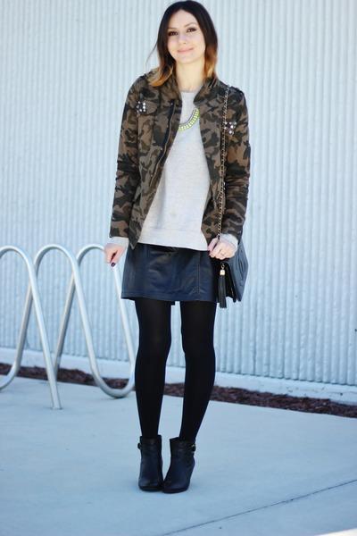 dark khaki Choies jacket - black vintage bag