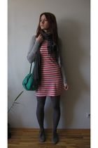 handmade purse - reserved scarf - reserved cardigan - No label dress - H&M tight