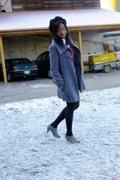 Promod coat - H&M hat - Dosenbach heels
