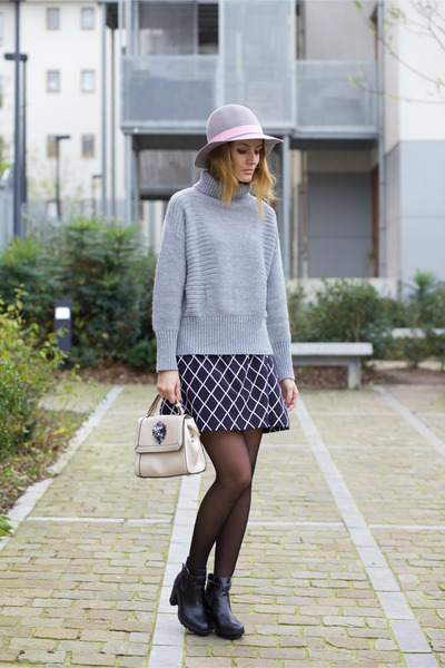 OASAP hat - Chicwish sweater - Relaxfeel bag - Marie& Frisco skirt
