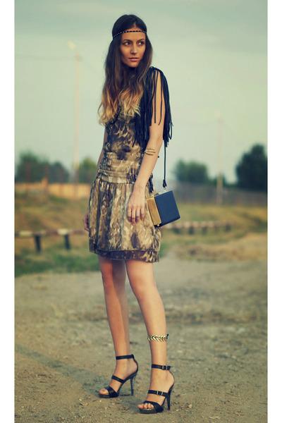 Morgan de Toi dress