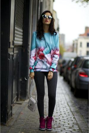 Mr GUGU& Miss GO sweater