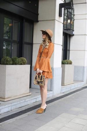 Bohemian in heels dress