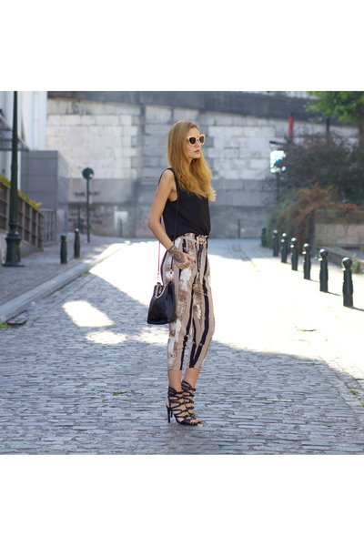 New Dress bag - New Dress sunglasses - Poppy Lovers suit
