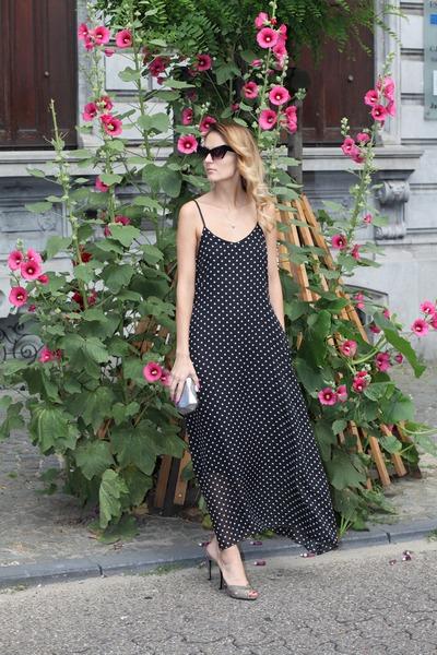 lightinthebox dress - stuart weitzman sandals