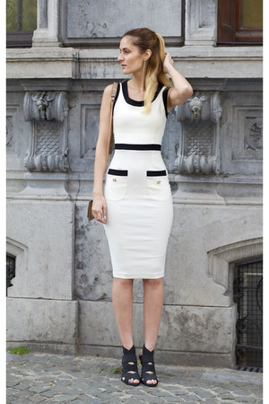 Vesper247 dress