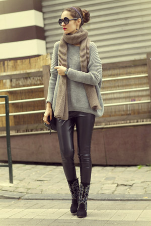 2dayslook sweater - Zara boots
