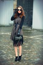 liu jo coat - Yves Saint Laurent heels