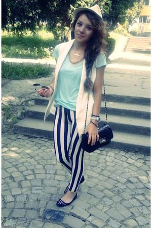 light blue Zara t-shirt - beige meli melo hat - black Atmosphere bag