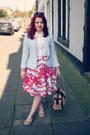 Wear-eponymous-blazer-white-boohoo-shirt-red-topshop-skirt