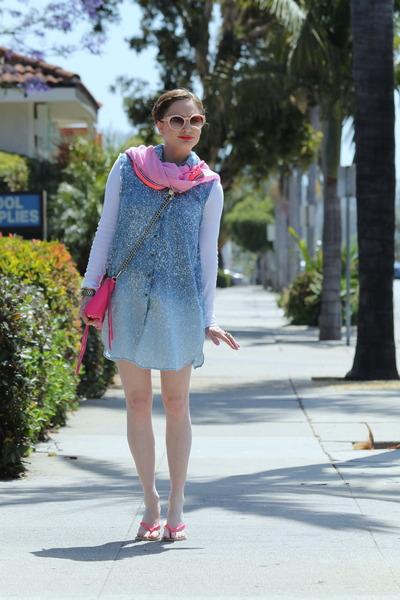 cotton ombre StyleMint dress - Gap scarf - mini mac pink Rebecca Minkoff purse