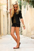 black lace Zara shorts