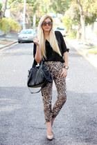 black studded VJ Style bag