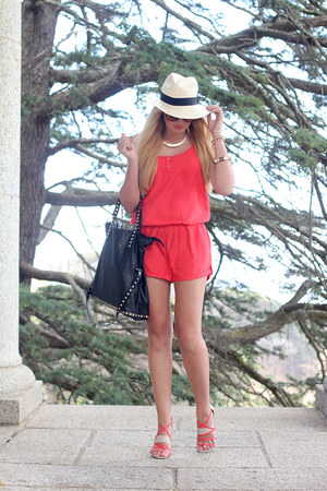 red Status romper