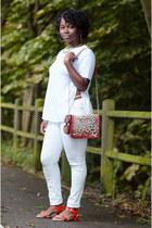 leopard print Matalan bag - vintage jeans - spilt side Primark t-shirt