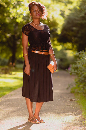 midi Peacocks skirt - black lace crop Miss Selfridge top - tan vintage sandals