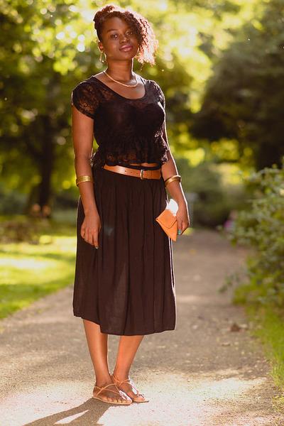 midi Peacocks skirt - black lace crop Miss Selfridge top - tan vintage sandals