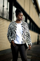 animal print H&M coat - caged asos shoes - black and white Accessorize bag