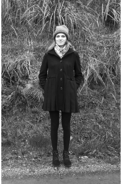 brown hat - dark brown Tommy Hilfiger shoes - black asos coat