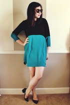 teal dress - black heels