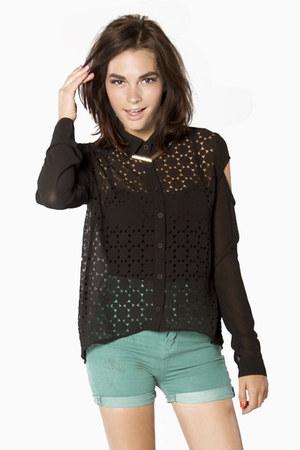StyleMoca shirt