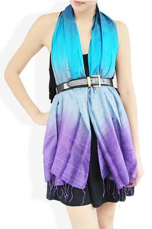 violet StyleSofia scarf