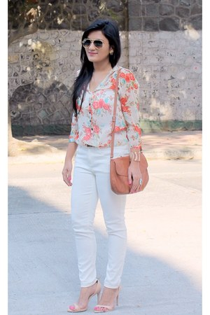 white Zara jeans - Mango bag - Ray Ban sunglasses - Zara sandals