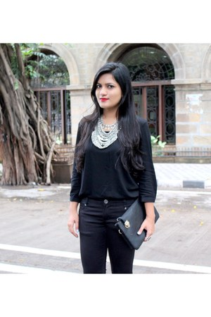 DIY necklace - Zara pants