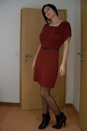 red H&M dress - black asos boots