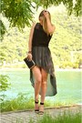 Black-h-m-top-charcoal-gray-asymmetrical-zara-skirt-black-stradivarius-heels