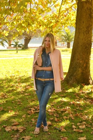 light pink Stradivarius coat - Stradivarius jeans - denim shirt H&M shirt