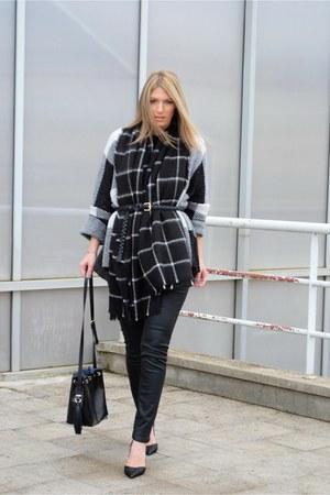 black checkered Zara scarf - black bucket bag Zara bag - black Zara belt