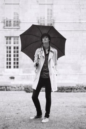 It's raining in Paris