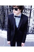 Sacha Hilton and his bow tie
