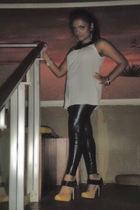 gold gojanecom shoes - black liquid leggings Express leggings