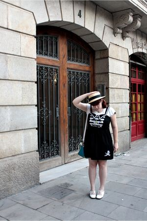 black Criminal Damage dress - white vintage shoes - yellow Oysho hat