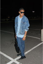 black vintage shoes - blue Levis jacket - blue shirt - blue Levis jeans