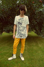 White-humanic-boots-mustard-new-yorker-jeans-white-h-m-t-shirt