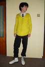 Yellow-new-yorker-sweater-white-humanic-boots-black-levis-jeans