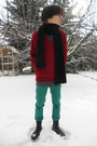 Gray-thrifted-coat-black-invader-boots-turquoise-blue-new-yorker-jeans